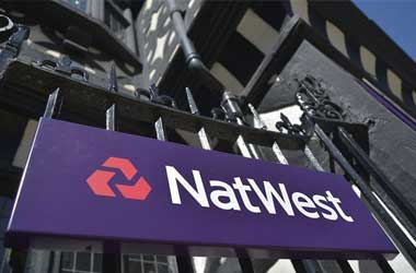 NatWest Introduces Debit Card Blocking Feature for UK Problem Gamblers